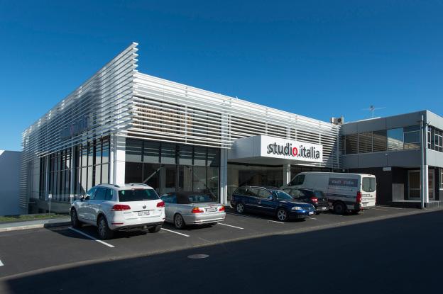 Construction-Company-Aspec-Studio-Italia-Retail-Fitout-1