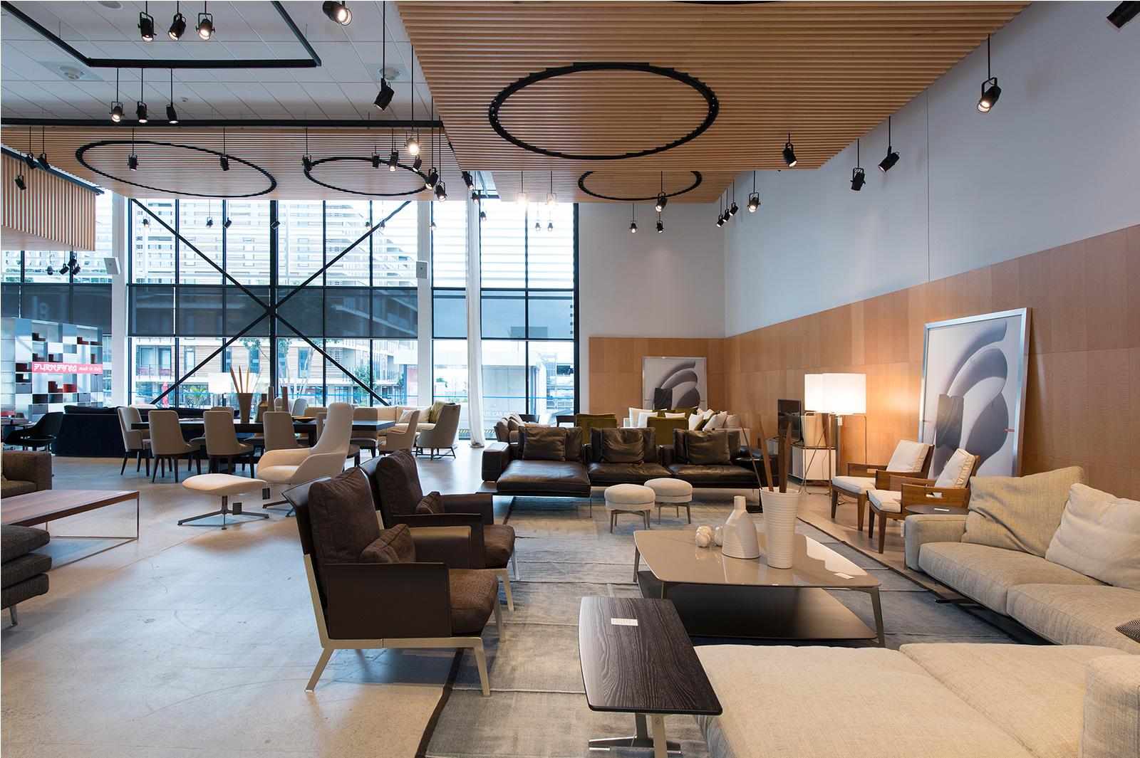 Construction-Company-Aspec-Studio-Italia-Retail-Fitout-3